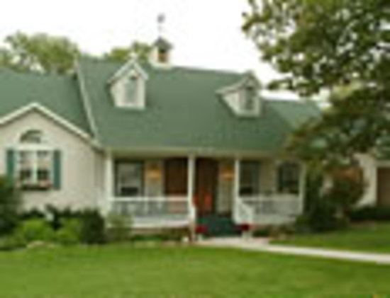Inn at Harbour Ridge Bed and Breakfast: Front Elevation of B & B
