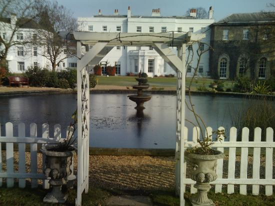 Photo of The White House Old Windsor