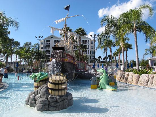 Gator and reptile show picture of marriott 39 s harbour for Pool show orlando 2015