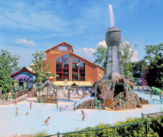 Grand Country Inn: Splash Country Outdoors