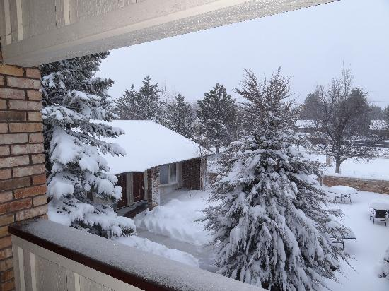 Lookout Inn GuestHouse & Suites: View after february 2012 blizzard