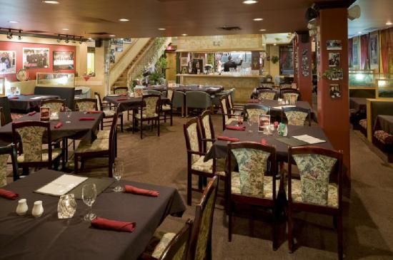 Comfort Inn &amp; Suites: Vittorio&#39;s Italian Restaurant
