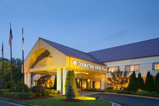 Doubletree Suites by Hilton Hotel Cincinnati - Blue Ash