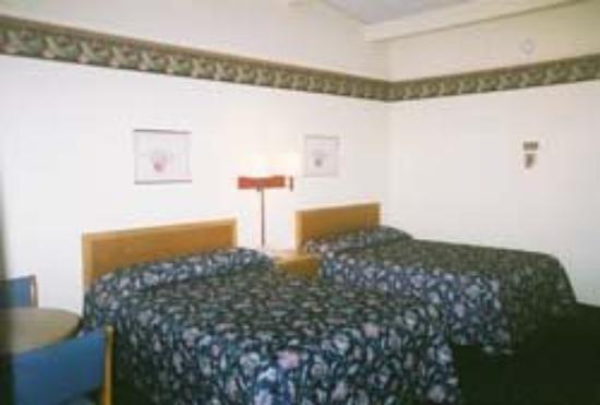 Knights Inn Somerset: Guest Room with 2 Beds