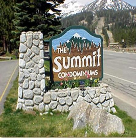 Photo of Summit Condominiums Mammoth Lakes