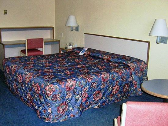 Motel 6 York: Guest Room (King)