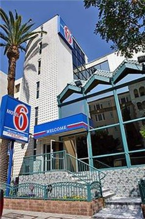 Motel 6 Los Angeles - Hollywood : Exterior