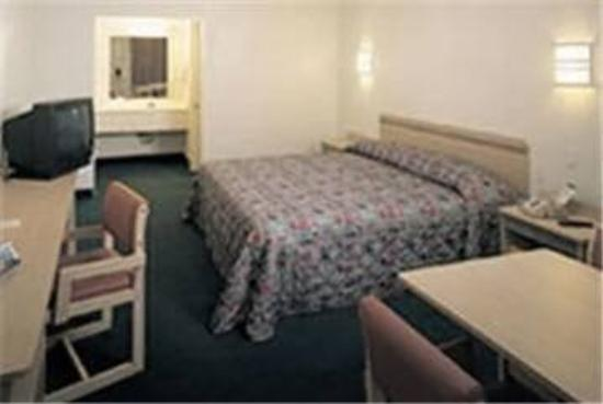 Motel 6 Anniston Oxford / Talladega Spdwy: Guest Room