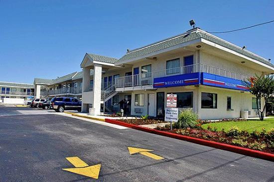 Motel 6 Austin Central - North: Miscellaneous