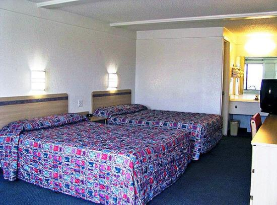 Motel 6 Benton Harbor: Guest Room (Double)