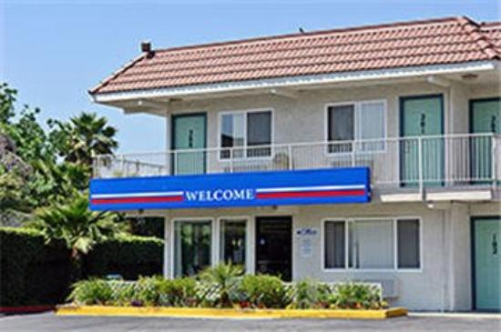 Motel 6 Los Angeles - Santa Fe Springs: Exterior