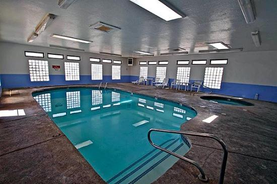 Motel 6 Winslow: Pool