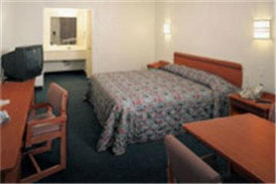 Motel 6 Lincoln City: Guest Room
