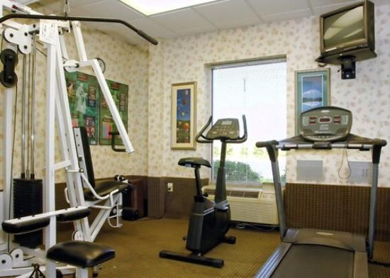 MainStay Suites Airport: Fitness Room VA