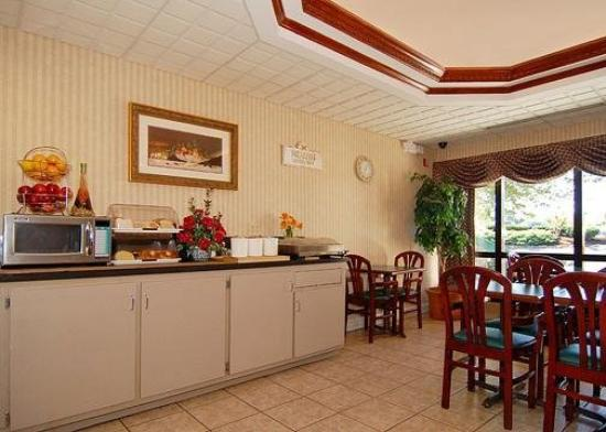 Quality Inn Goodlettsville: Restaurant