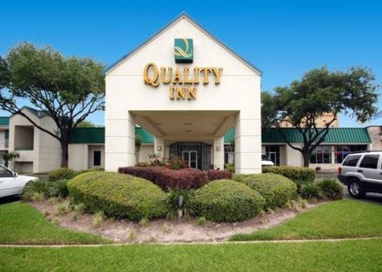 Quality Inn Houston: Exterior