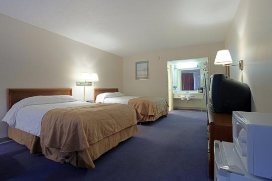 America&#39;s Best Value Inn Fredericksburg: Double Beds