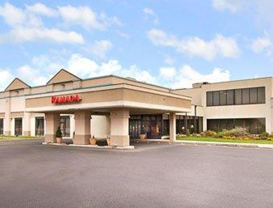 Ramada Inn & Conference Center, North Brunswick