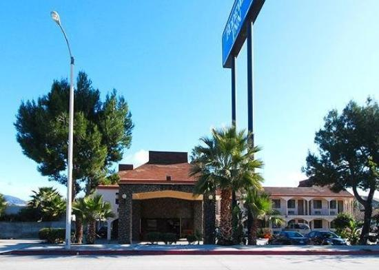 Photo of Rodeway Inn Magic Mountain Area Castaic