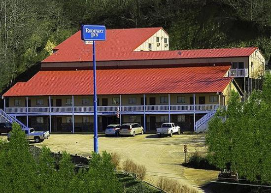 Rodeway Inn: Exterior