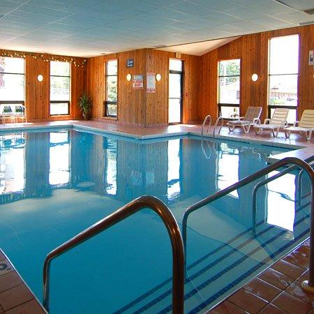 Diamond Hotel Wisconsin Dells Indoor Pool