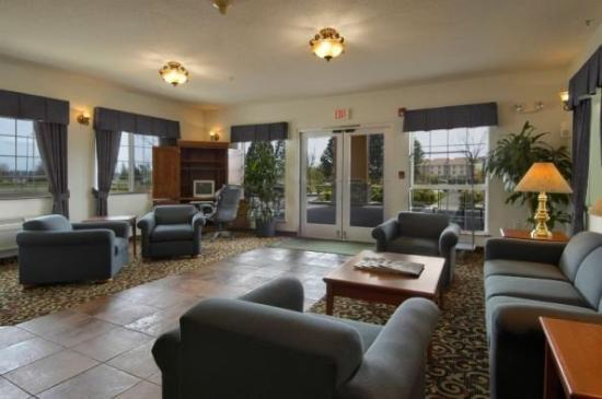 Red Lion Inn & Suites McMinnville: Ormcmn Lobby H