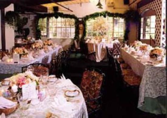 Mendocino Hotel and Garden Suites: Conference & Banquets