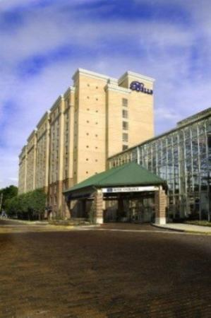 Belle of Baton Rouge Casino & Hotel
