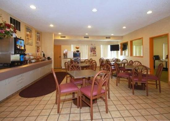 Sleep Inn , Inn &amp; Suites: Restaurant