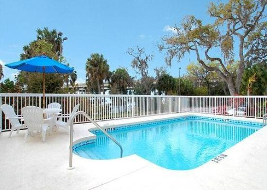 Sleep Inn & Suites Riverfront - Ellenton: Pool