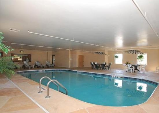 Sleep Inn & Suites Ashtabula: Pool