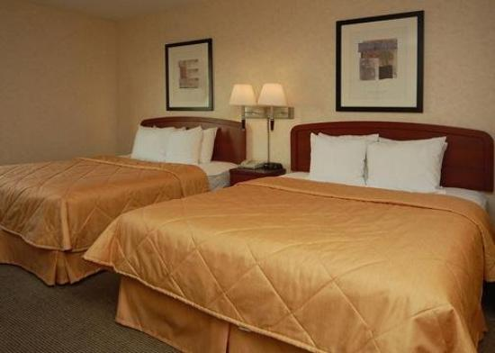 Sleep Inn , Inn & Suites: Guest Room