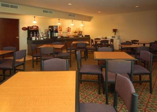 Sleep Inn , Inn & Suites: Restaurant