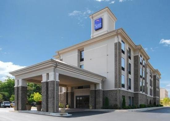 Photo of Sleep Inn & Suites Fairburn