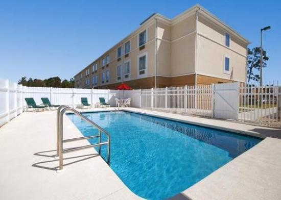 Sleep Inn & Suites Palatka: Pool