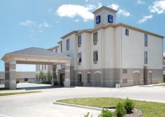 Sleep Inn & Suites Weatherford: Exterior