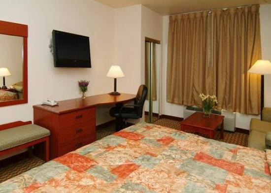 Sleep Inn & Suites Weatherford: Guest Room