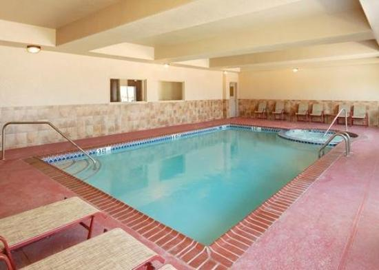 Sleep Inn &amp; Suites Weatherford: Pool