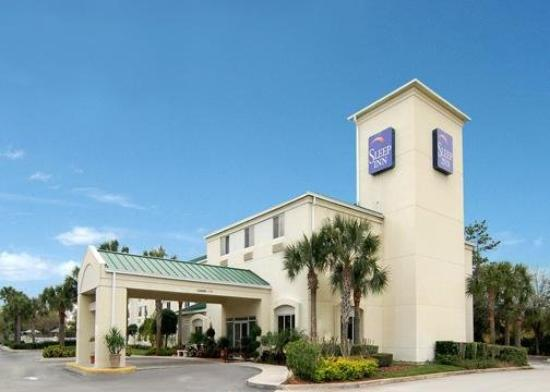 Sleep Inn : Exterior