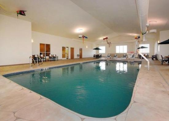 Sleep Inn &amp; Suites Conference Center: Pool