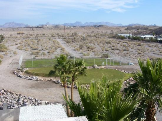 Nevada Club Inn: Putting Green