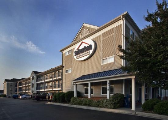 Photo of Suburban Extended Stay Hotel Fayetteville