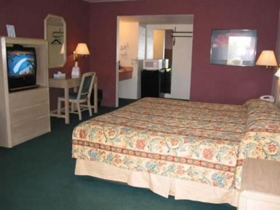 Motel 6 Cottonwood: Guest Room