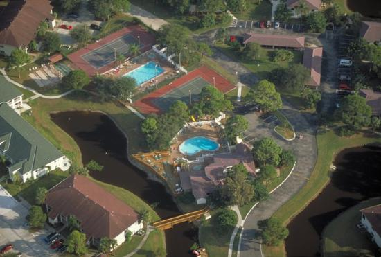 Shorewalk Vacation Villas Resort: Aerial View