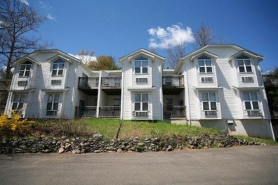 Photo of Hillside Lodge Suites & Cottages Canadensis