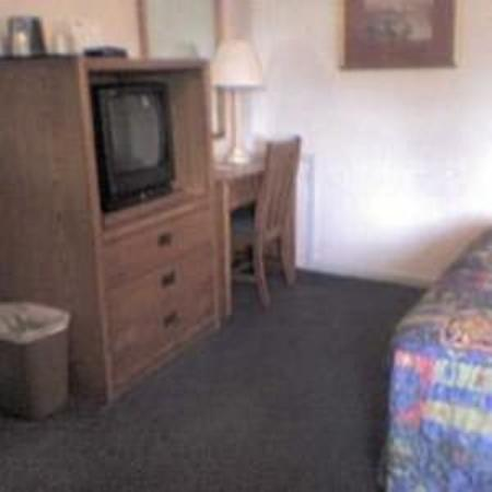 Budget Host Travelers Motel: Other