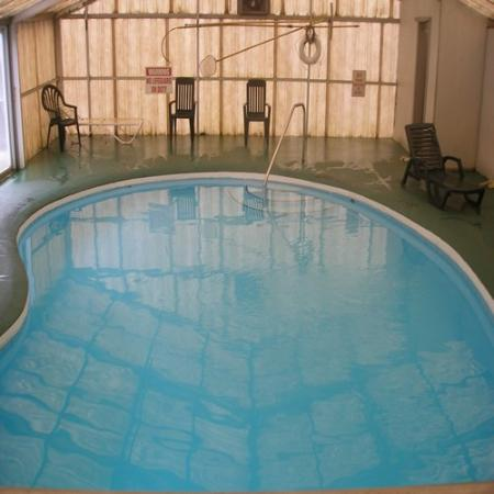 Scottish Inns: Indoor swimming pool
