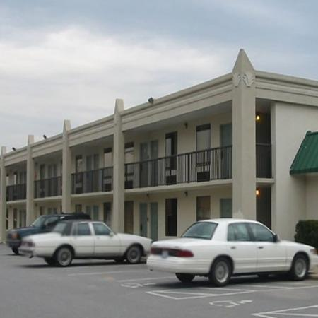 ‪Red Carpet Inn Wilkesboro‬