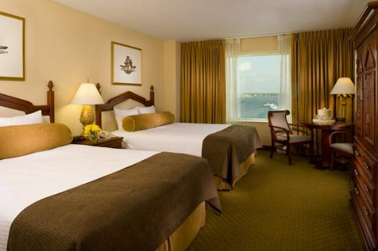Palace Casino Resort: Double Queen  Standard Room