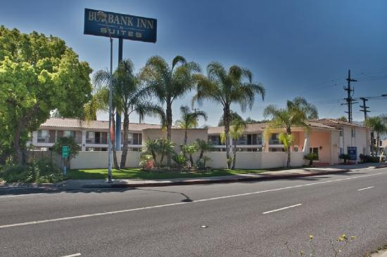 Burbank Inn &amp; Suites: Outside Hotel